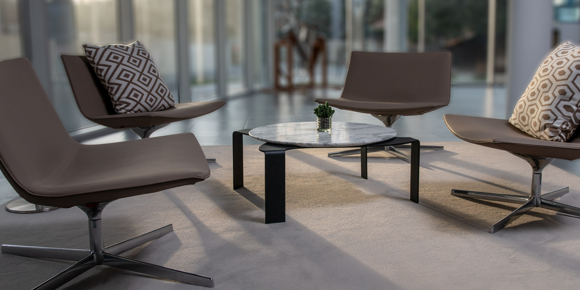 MaamiHome - Moon Coffee Table